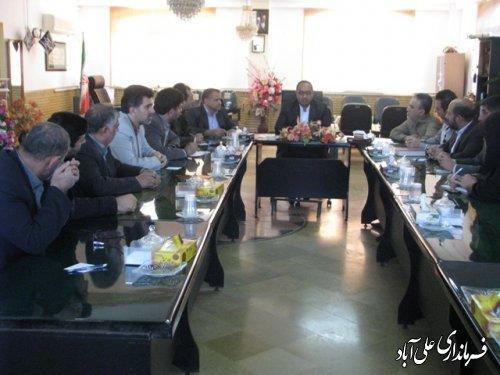نشست صمیمی فرماندار علی آباد کتول با همکاران فرمانداری