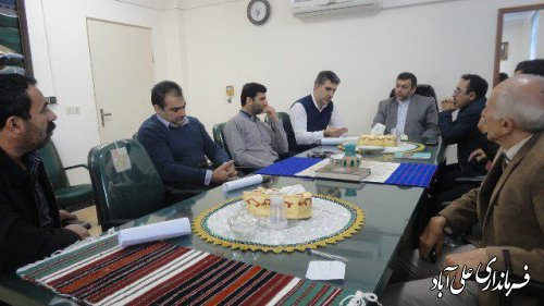 جلسه بررسی مسائل و مشکلات پرورش دهندگان ماهیان سردآبی درفرمانداری برگزار شد