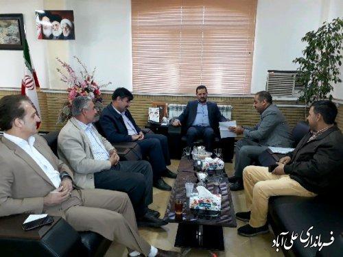 دیدار تعدادی ازمرغداران با فرماندار علی آباد کتول