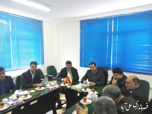 جلسه احداث کانال انتقال آب کشاورزی زرین گل در فرمانداری برگزارشد