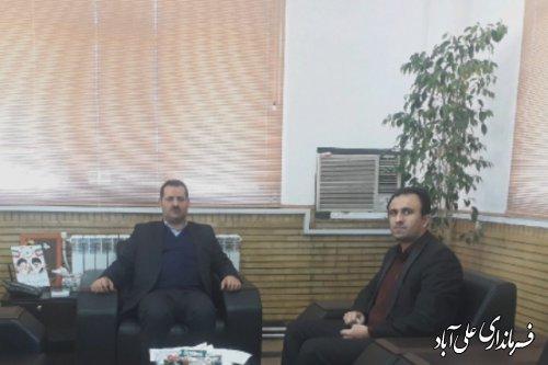 دیدار رئیس کتابخانه های علی آباد کتول  با فرماندار شهرستان
