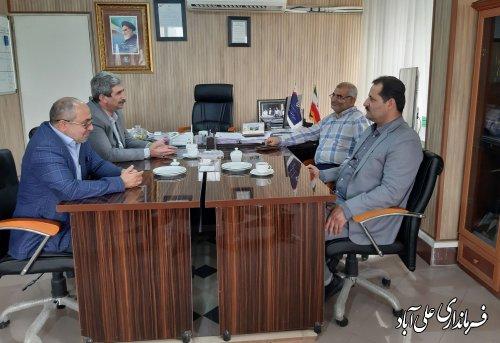 بررسی وضعیت توزیع و فروش گوشت مرغ گرم در شهرستان علی آبادکتول