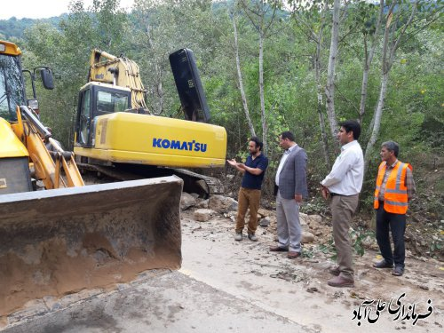 بازدید فرماندار از روند اجرای پروژه گازرسانی به روستاهای افراتخته و خاک پیرزن