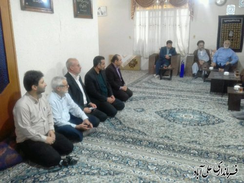 دیدار فرماندار با خانواده شهیدان علی اکبر و عزت الله کیخا