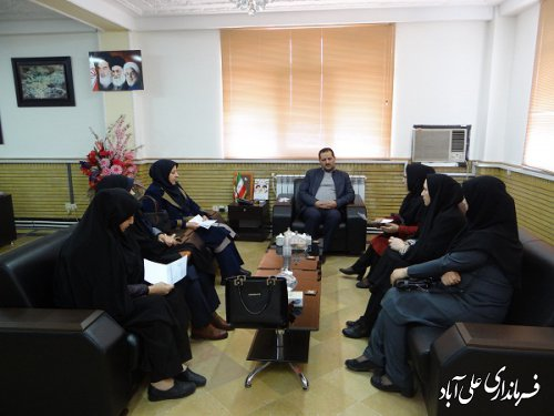 دیدار جمعی از آموزگاران حق التدریس با فرماندار شهرستان علی آبادکتول