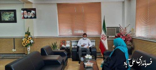 فرماندارشهرستان در ملاقات مردمي هفتگي خود به مشكلات شهروندان رسيدگي كرد