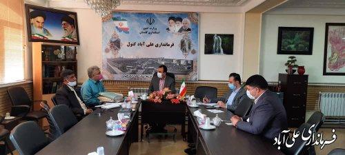 نشست فرماندار شهرستان با معاونین و بخشداران تابعه