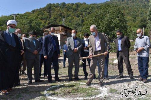 کلنگ احداث مسجد در روستای کوهستانی وسیع سر به زمین زده شد