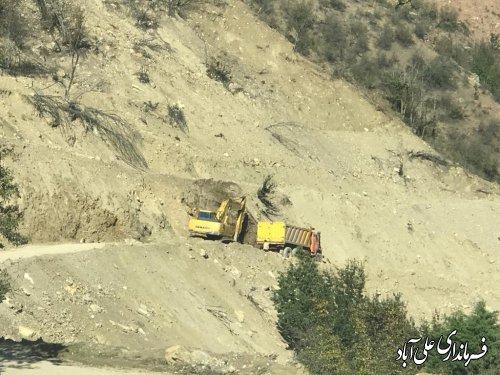 مسیر جاده روستای کوهستانی میان رستاق مرمت و بهسازی می گردد